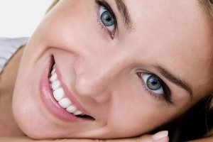 چرا معمولاً قبل از شروع درمان ارتدنسی باید تمام پوسیدگیهای دندانی بر طرف شود؟